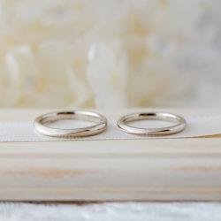 「海」イメージした結婚指輪