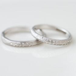 葉っぱと木の実の洋彫り結婚指輪