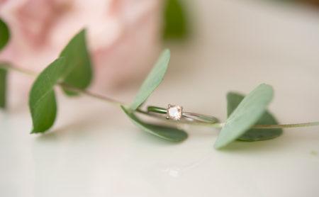 ピンクナチュラルダイヤモンドの婚約指輪