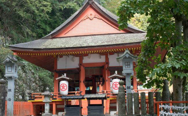厳魂神社(奥社)