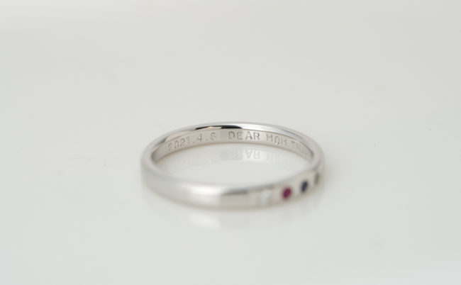 彩り豊かな天然石の還暦指輪