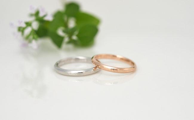 レール×槌目模様のプラチナ・K18PG結婚指輪